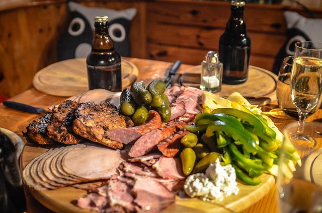 buffet de carnes e petiscos